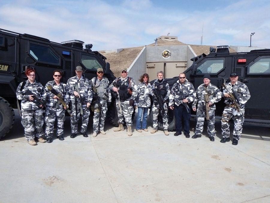 L'équipe chargée de la sécurité du bâtiment.