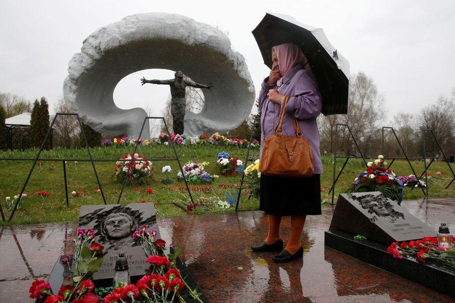 Une commémoration a eu lieu à Kiev, en Ukraine, le 26 avril 2016, 30 ans après la catastrophe nucléaire de Tchernobyl.
