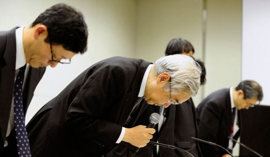 Les dirigeants de la Tokyo Electric Power ont présenté leurs excuses, lors d'une conférence de presse à Tokyo.