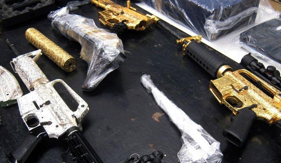 Armes plaquées or et argent à Guadalajara