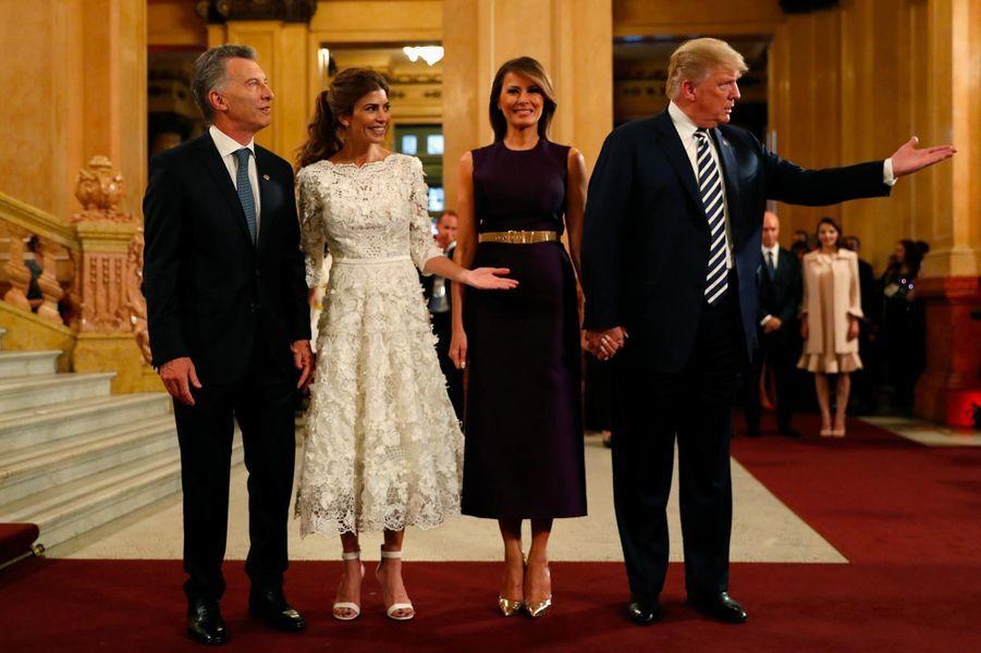 Melania et Donald Trump avec Mauricio Macri et Juliana Awada au Teatro Colón de Buenos Aires, le 30 novembre 2018.