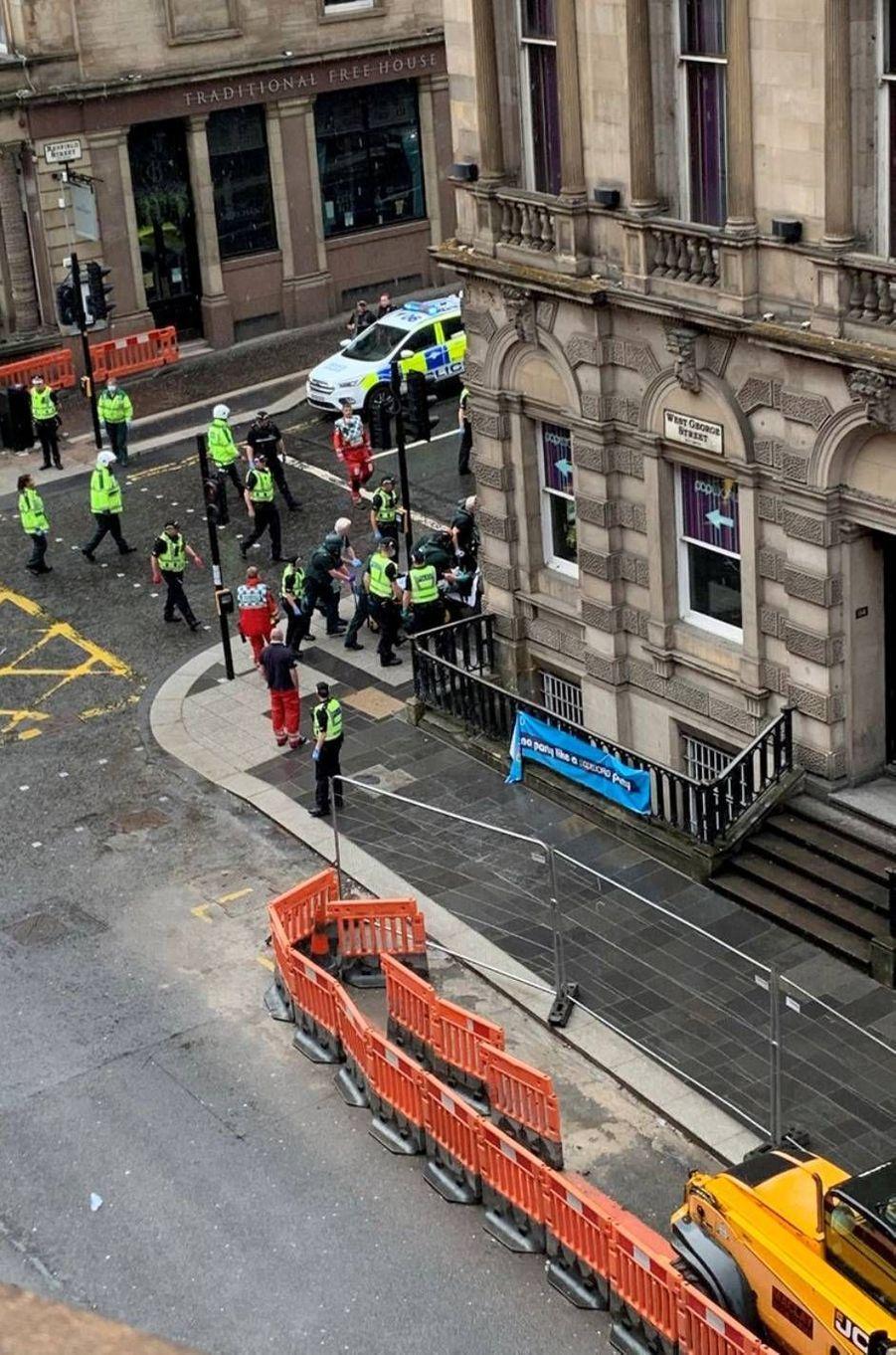 Opération de police à Glasgow, en Écosse, le 26 juin 2020.