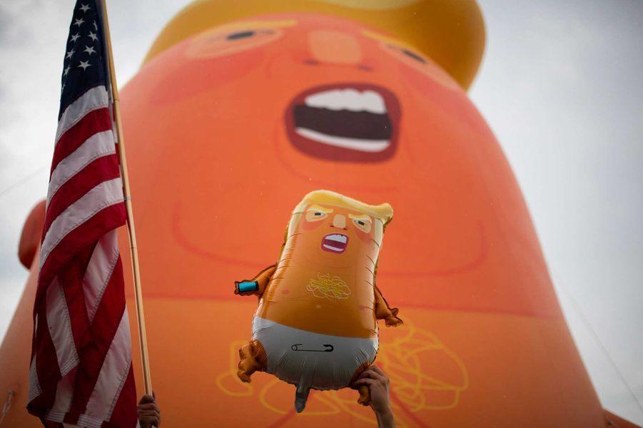 «Trump Baby» a volé au-dessus de Washington, le 4 juillet 2019.