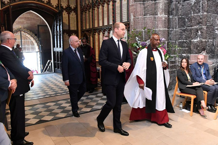 Le prince William se rend à la messe en mémoire des victimes de Manchester