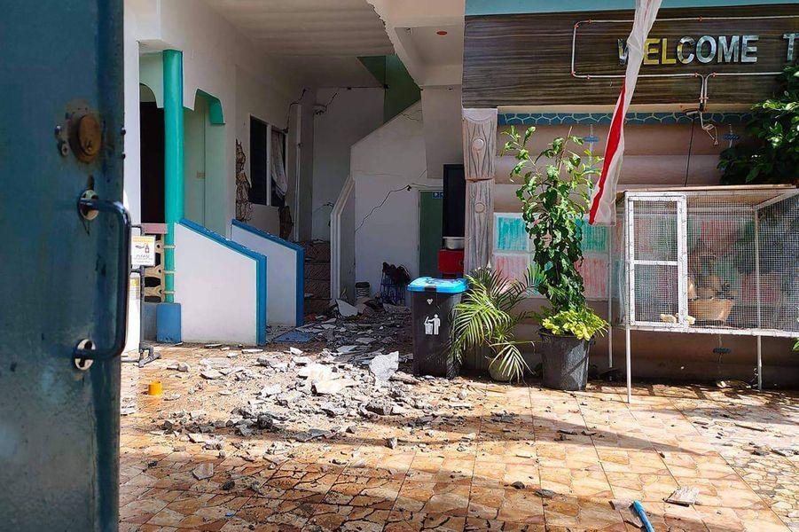 Un séisme de magnitude 6,6 a frappé mardi le centre desPhilippines