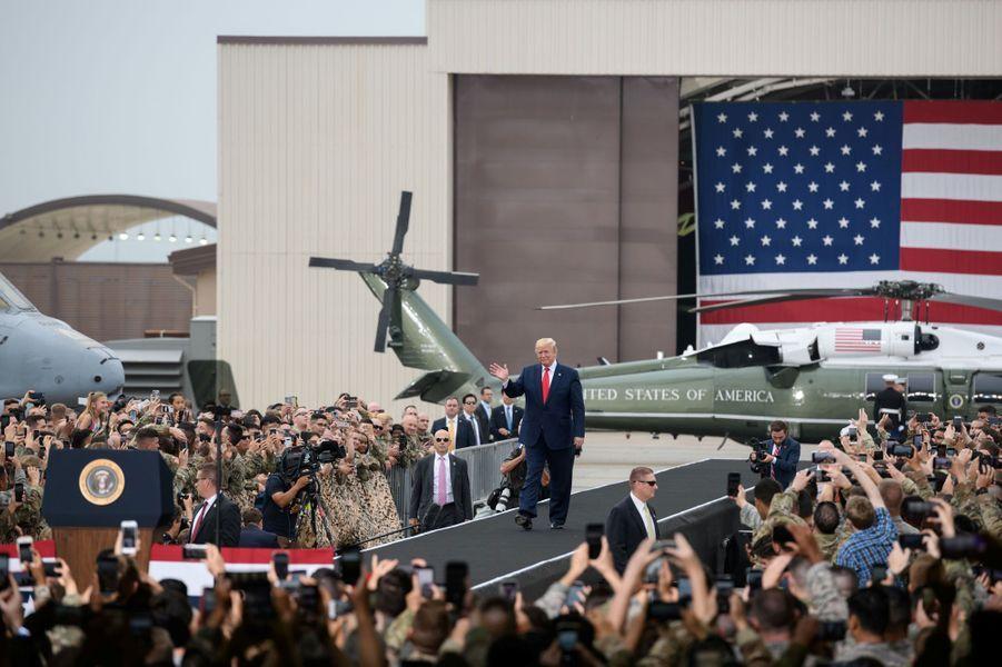 Après la rencontre, Donald Trump s'est rendu sur la base militaire américaine d'Osan, en Corée du Sud.