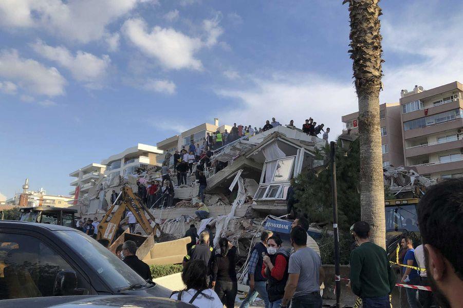 Izmir, troisième plus grande ville de Turquie, frappée par le séisme.