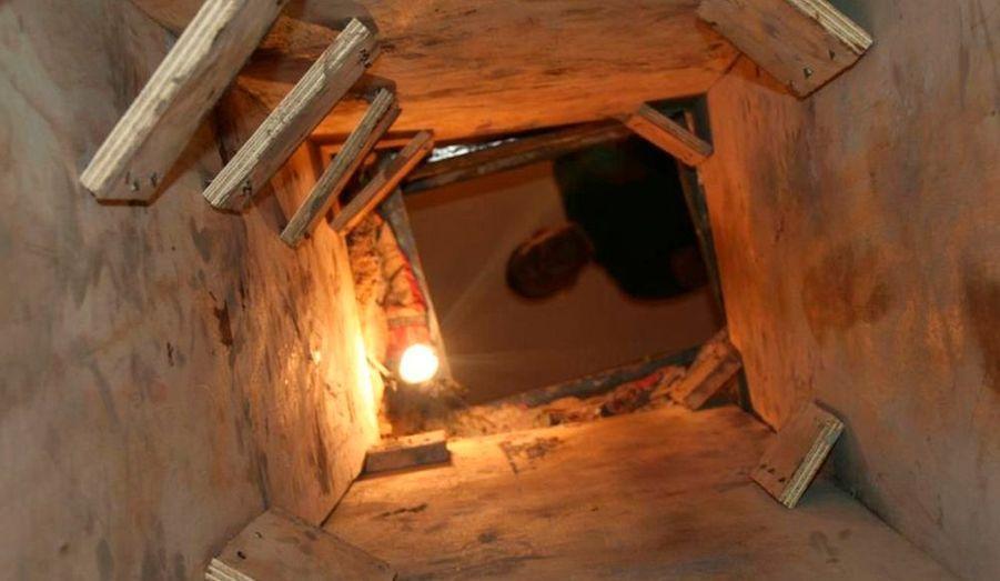 Une vue de l'entrée du tunnel