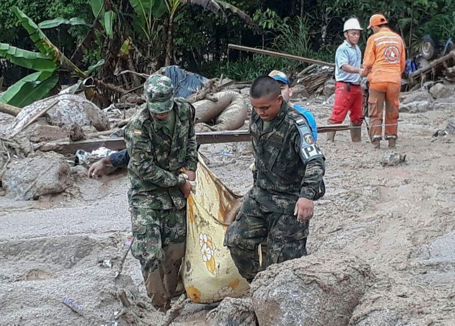 Une Coulée De Boue Dans Le Sud De La Colombie Fait Des Dizaines De Morts 6