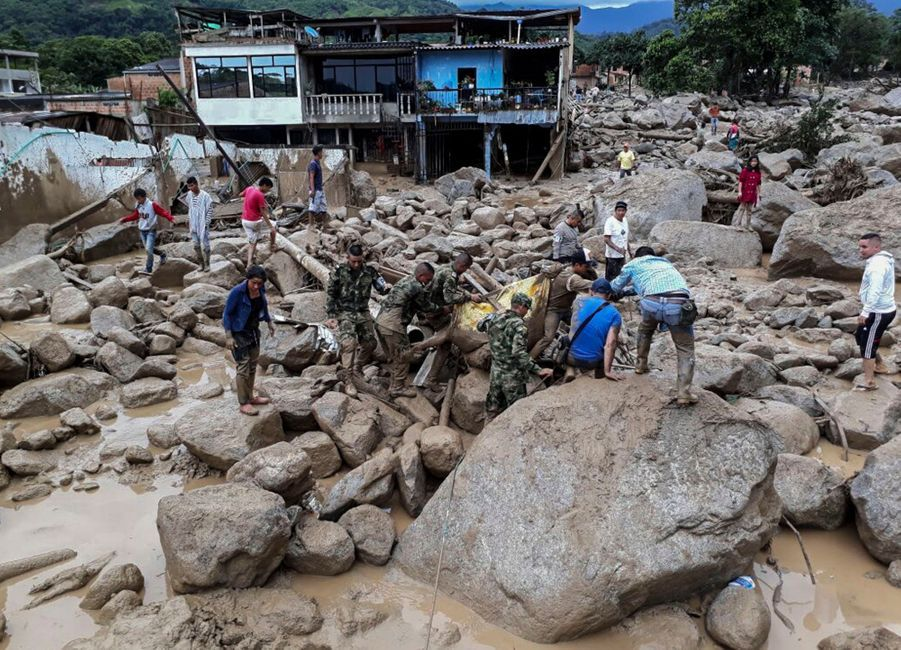 Une Coulée De Boue Dans Le Sud De La Colombie Fait Des Dizaines De Morts 8