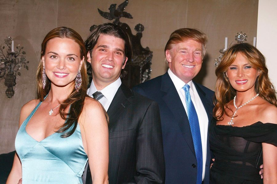 Vanessa et Donald Trump Jr avec Donald et Melania Trump, en avril 2005.