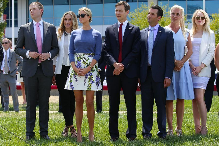 Eric et Lara Trump, Ivanka Trump et Jared Kushner,Vanessa et Donald Trump Jr et Tiffany Trump, en juillet 2016.