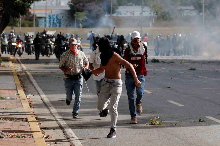 Le Venezuela est plus que jamais au bord de la guerre civile.