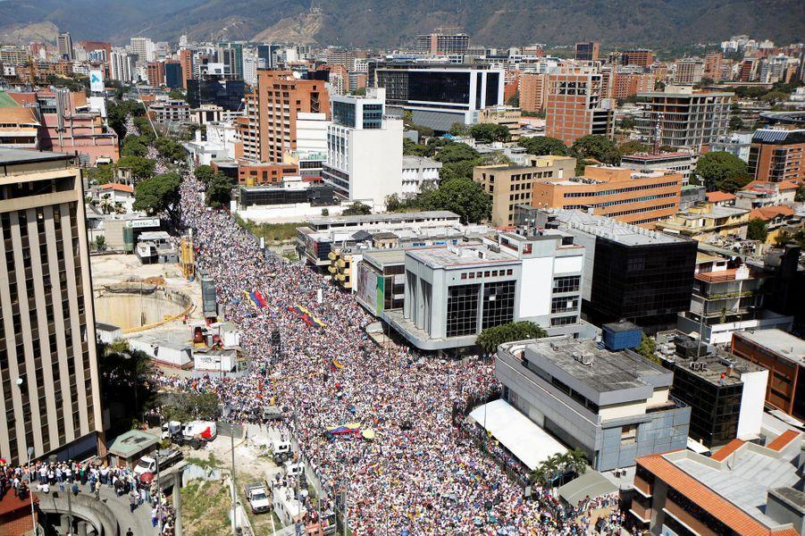 La manifestation pro-Guaido s'est déroulée dans le quartier de Las Mercedes, à Caracas.