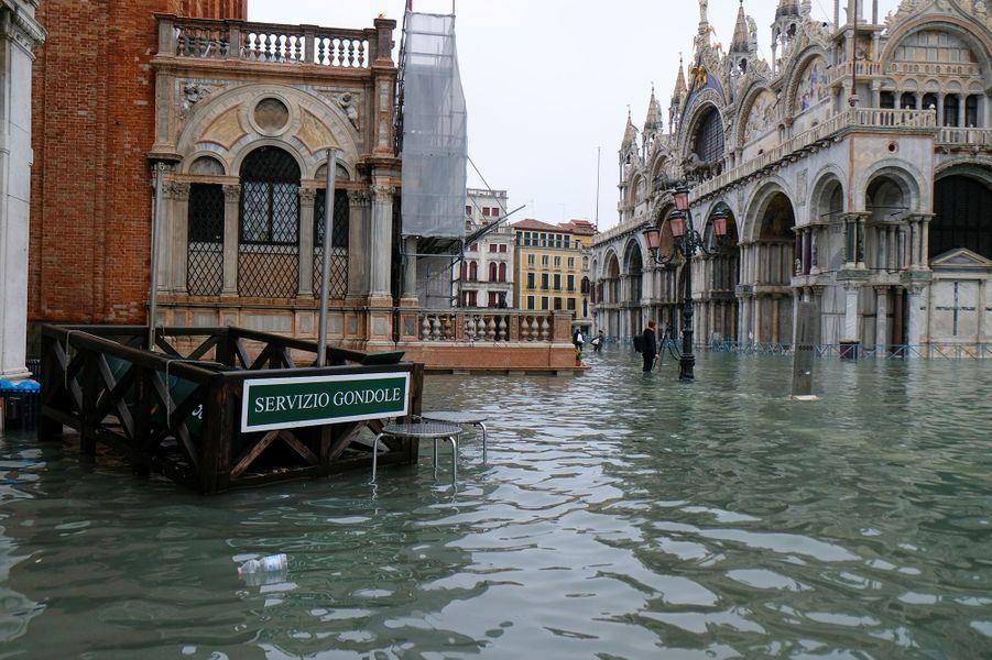 Venise submergée par la mariée haute, mardi