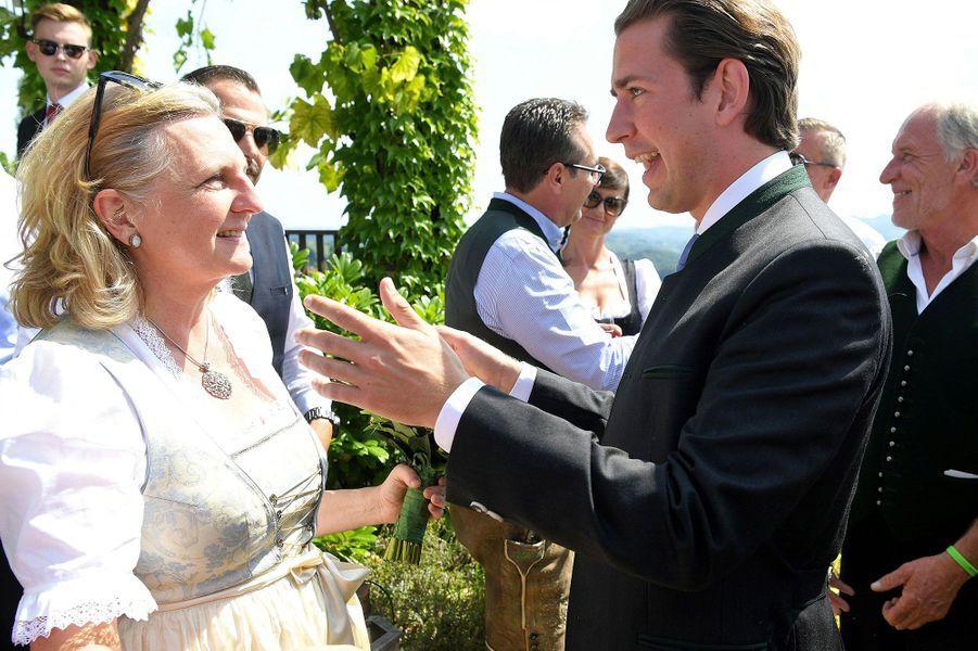 La ministre autrichienne des Affaires étrangères, Karin Kneissl, et le chancelier autrichien Sebastian Kurz