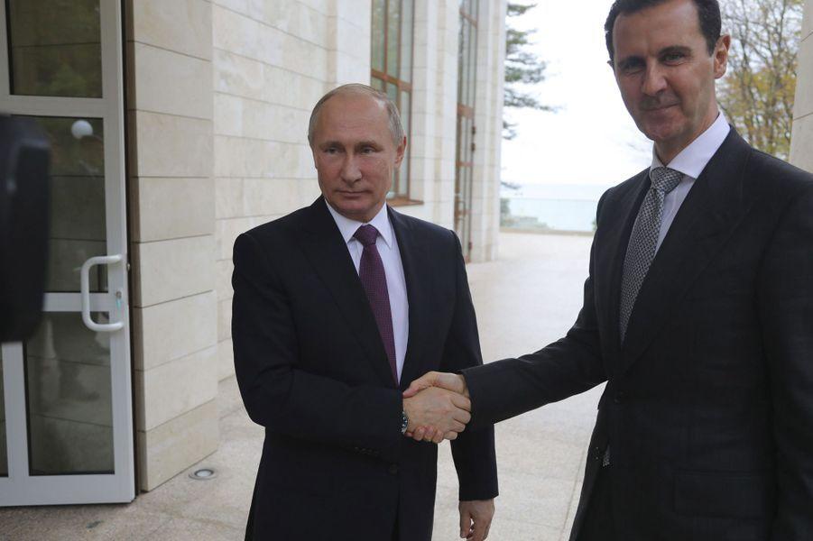 Vladimir Poutine et Bachar el-Assad à Sotchi, le 20 novembre 2017.