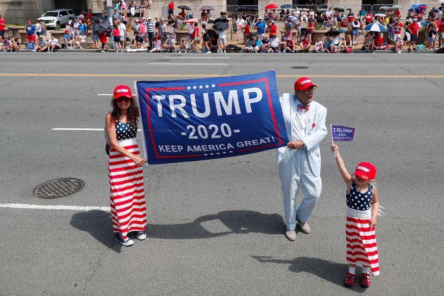 Des partisans de Trump, jeudi à Washington.