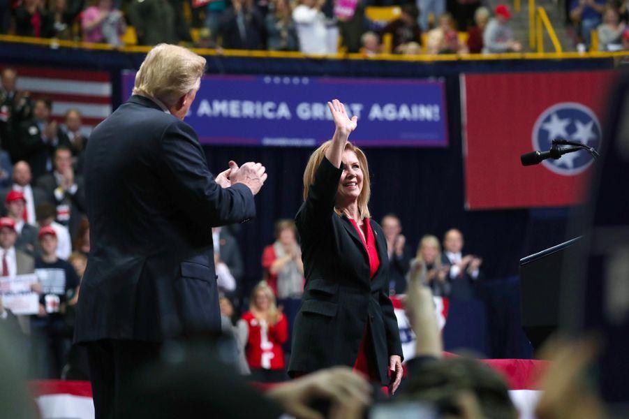 Donald Trump et la candidate Marsha Blackburn à Chattanooga, dans le Tennessee, le 4 novembre 2018.