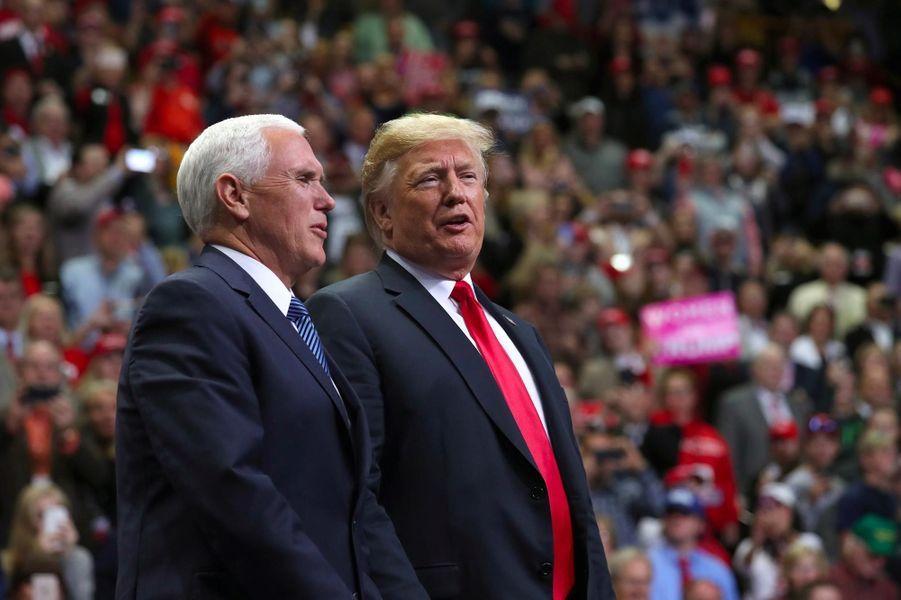 Mike Pence et Donald Trump à Chattanooga, dans le Tennessee, le 4 novembre 2018.