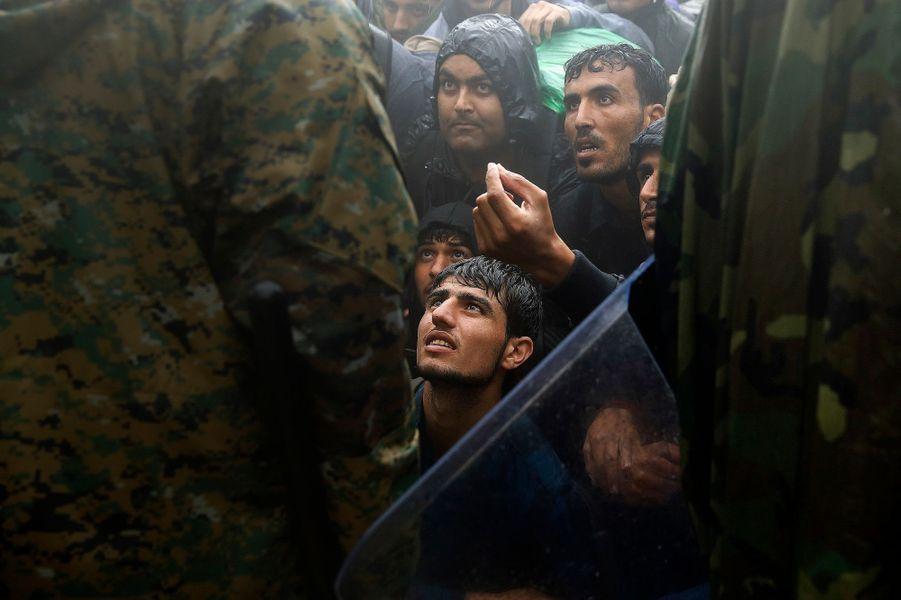 Photo prise à la frontière entre la Grèce et la Macédoine le 10 septembre 2015