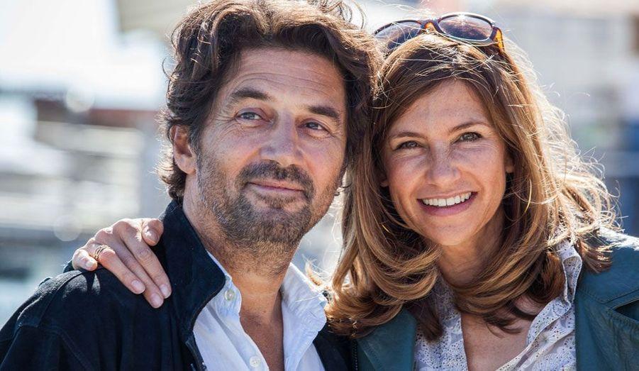 """Le couple star de la série"""" Mes amis, mes amours, mes emmerdes... """", diffusée sur TF1 et présentée hors-compétition pendant le festival."""