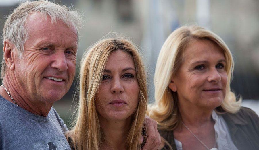 """Les trois stars du téléfilm """"Médecin chef de la santé""""."""