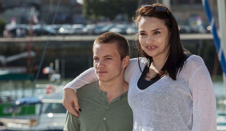 """La comédienne et le jeune acteur jouent dans """"Punk"""", téléfilm qui a remporté le prix de la mise en scène."""