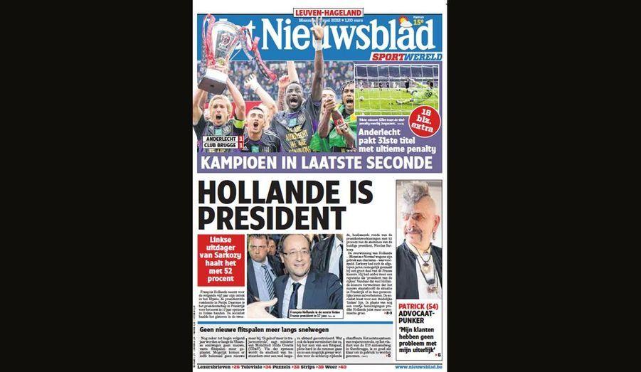 Hollande est président pour Het Nieuwsblad (Belgique)