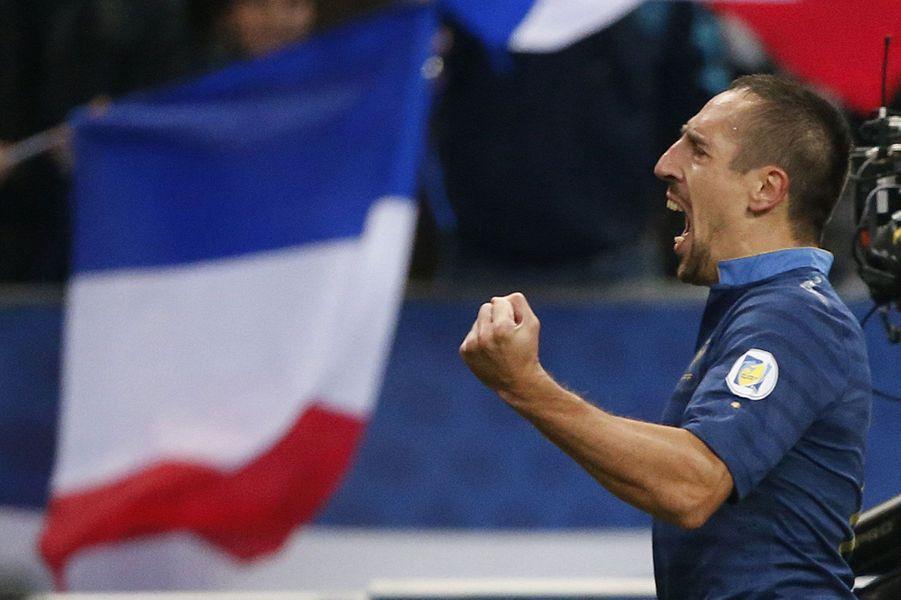 Avec le Bayern de Munich, il a tout gagné. Et il a mené l'équipe de France à la coupe du Monde de 2014. Franck Ribéry mérite indéniablement d'être finaliste du Ballon d'or 2013.Le soutien de Thierry Henry à Ribéry
