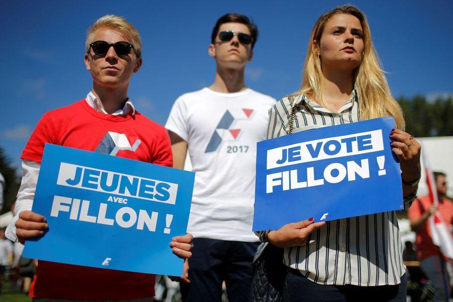 Les partisans de François Fillon à l'université des Républicains à La Baule, le 3 septembre 2016.