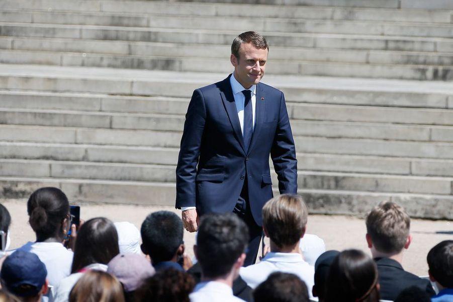 Emmanuel Macron, samedilors des commémorations du 73e anniversaire du massacre d'Oradour-sur-Glane.