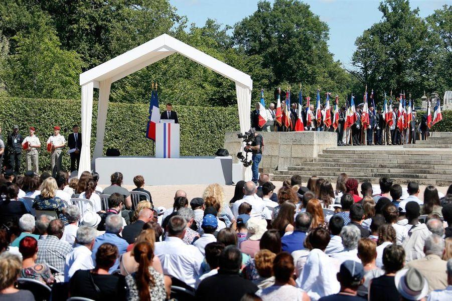 Emmanuel Macron prononce le premier grand discours mémoriel de son quinquennat.