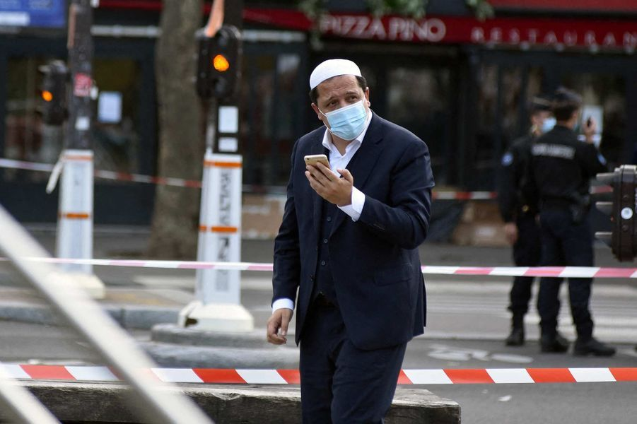L'imam Hassen Chalghoumi à l'hommage à Samuel Paty à Paris, le 18 octobre 2020.