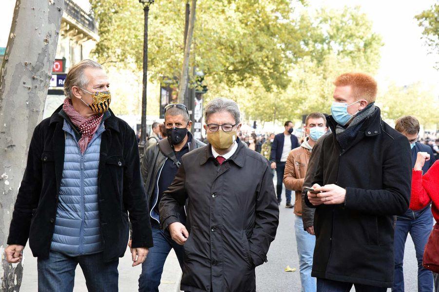 Jean-Luc Mélenchon et Adrien Quatennensà l'hommage à Samuel Paty à Paris, le 18 octobre 2020.