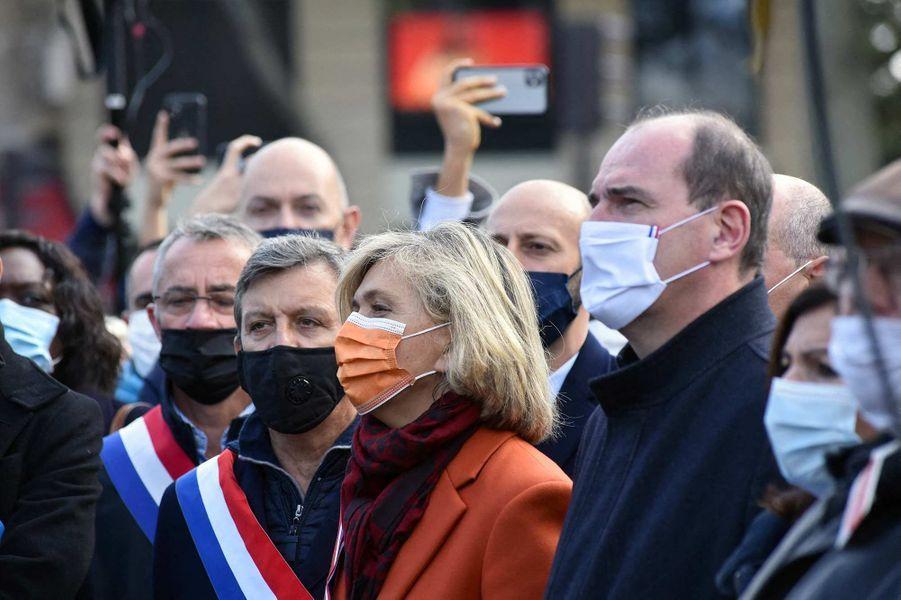 Valérie Pécresse et Jean Castexà l'hommage à Samuel Paty à Paris, le 18 octobre 2020.