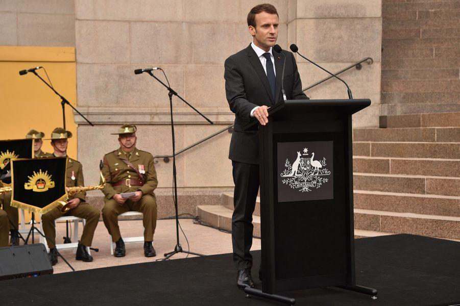 Discours d'Emmanuel Macron à Sydney lors d'une cérémonie commémorant l'engagement australien pendant la Première guerre mondiale en France.