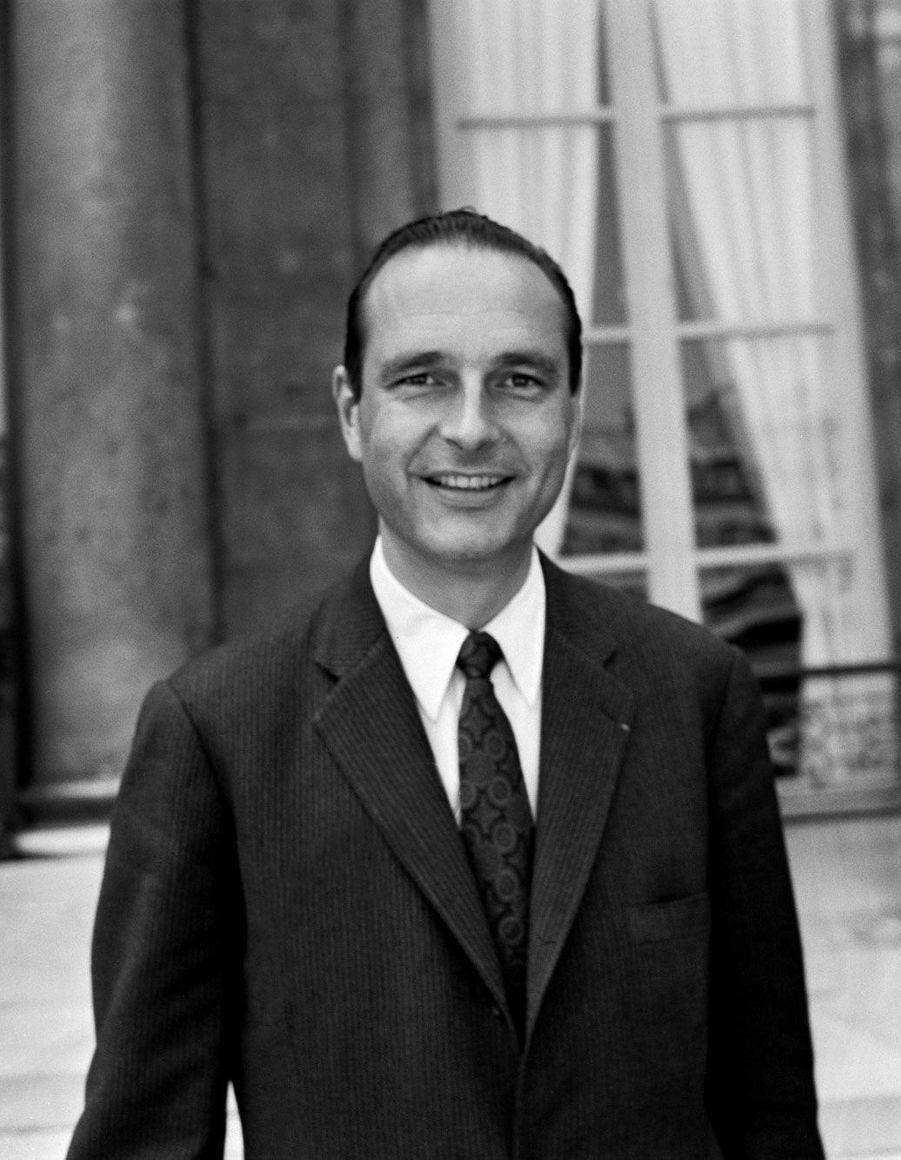 Juillet 1972, Jacques Chirac est ministre de l'Agriculture du gouvernement Messmer.