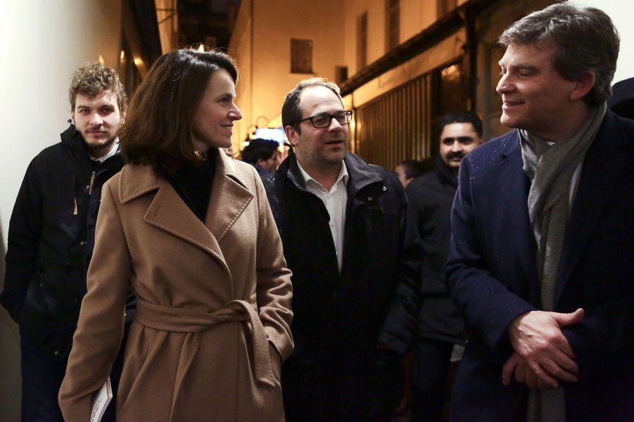 Arnaud Montebourg et Aurélie Filippetti durant une rencontre-débat à la Maison de la Poésie.