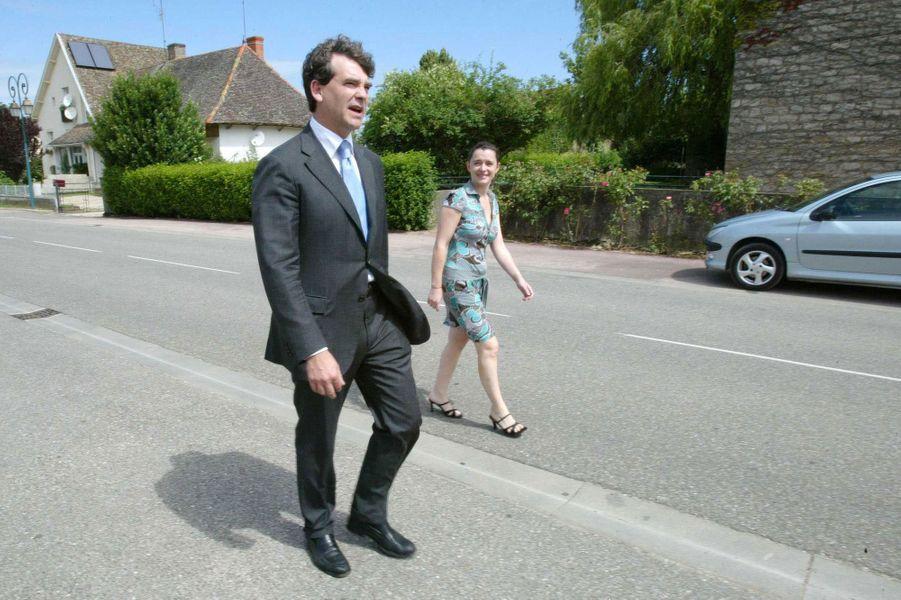 Arnaud Montebourg et Hortense de Labriffe, jour du second tour des législatives 2007.
