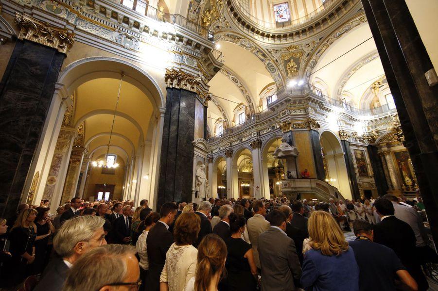 Messe organisée en la cathédrale Saint-Réparate de Nice.