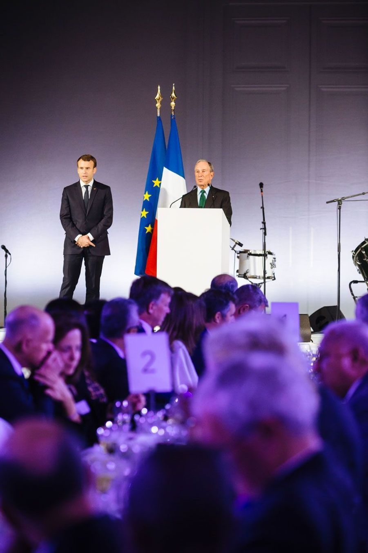 Emmanuel Macron et Michael Bloomberg, lundi soir au Grand Palais.