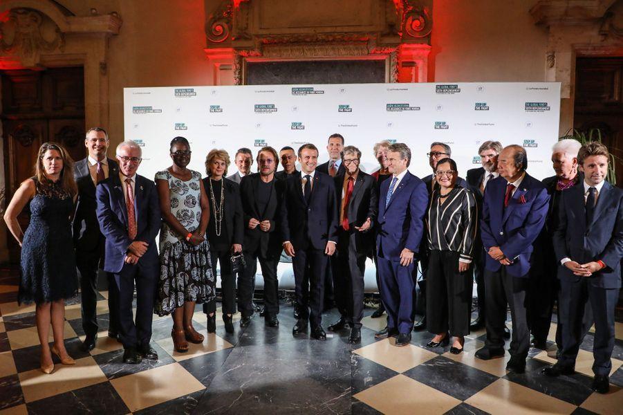 Photo de famille à Lyon lors dela Conférence de reconstitution du Fonds mondial de lutte contre le sida, la tuberculose et le paludisme.