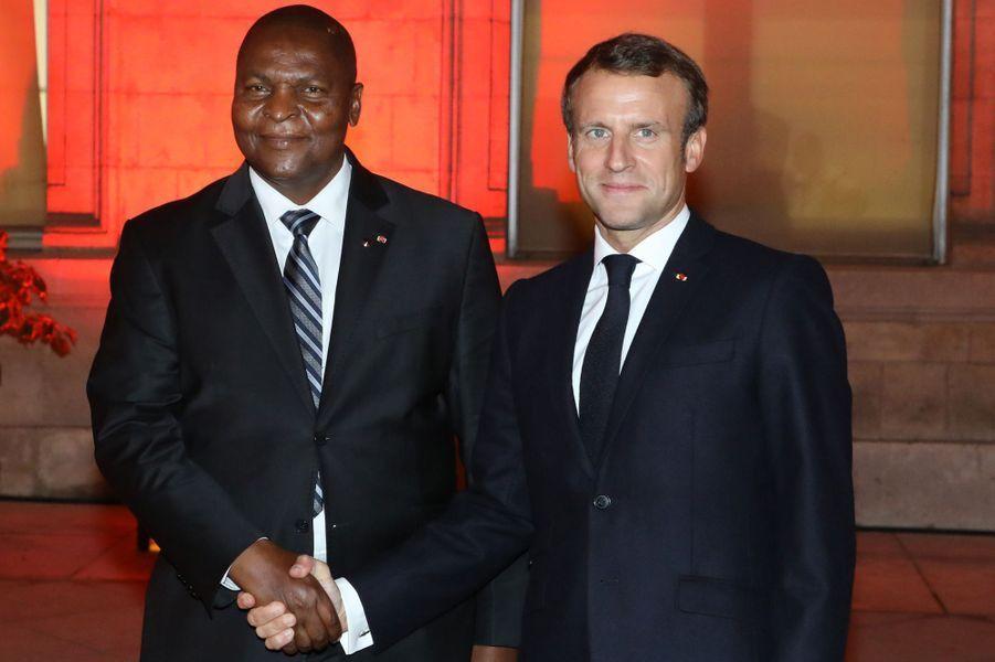 Emmanuel Macron et Faustin-Archange Touadéra, président de la République centrafricaine.