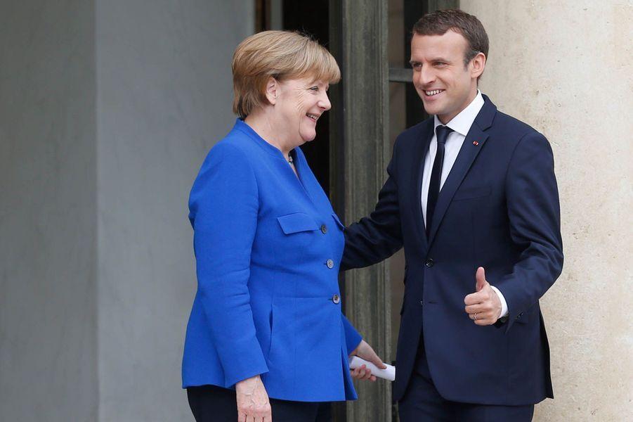 Emmanuel Macron reçoit Angela Merkel à l'Elysée.
