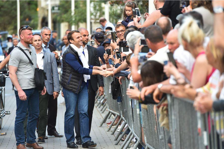 Emmanuel Macron à son arrivée au Touquet samedi après-midi.