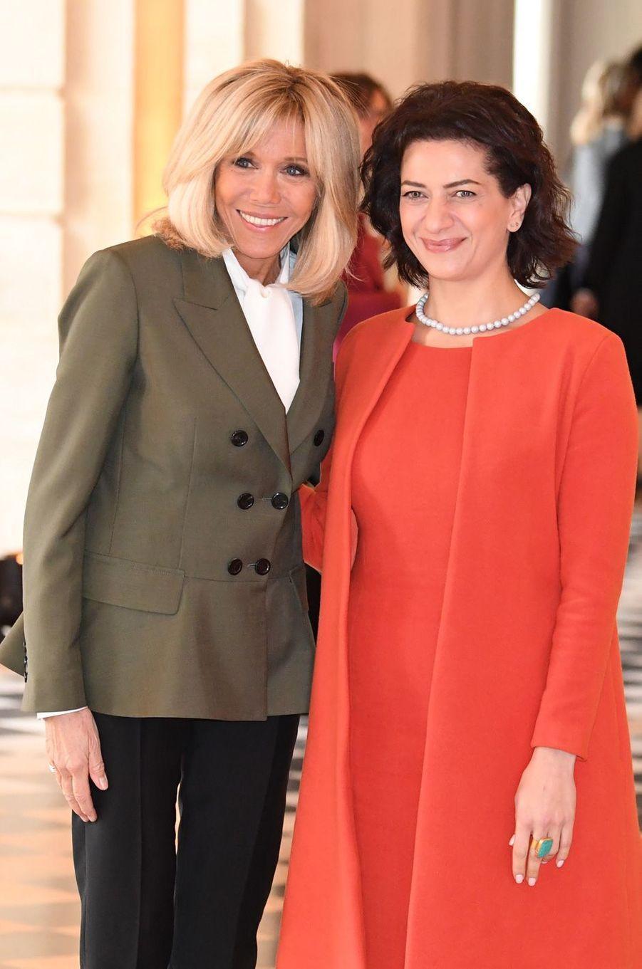 AvecAnna Hakobyan, épouse duPremier ministre d'Arménie, Nikol Pashinyan.