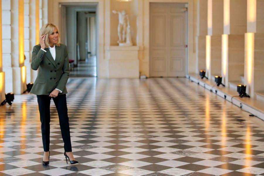 Brigitte Macron reçoit à Versailles les conjoints et conjointes des chefs d'Etat et de gouvernement.