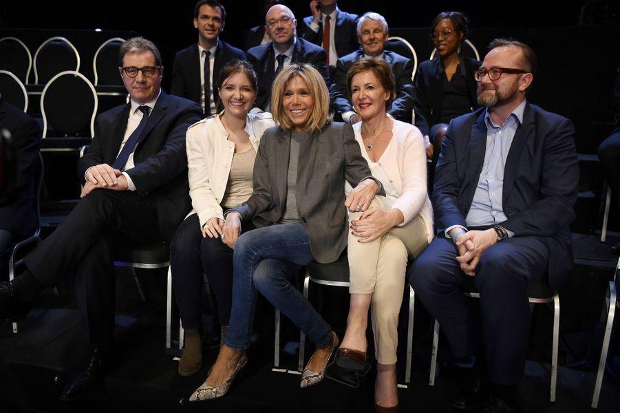 Brigitte Macron, dans le public avec Aurore Bergé et Frederique Dumas, lors du deuxième débat, réunissant les 11 candidats à la présidentielle le 4 avril 2017.