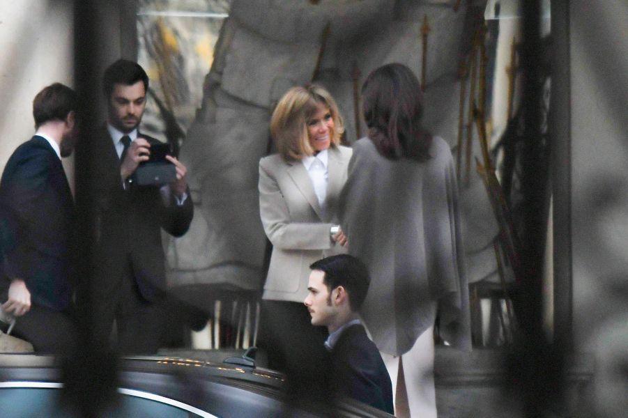 Angelina Jolie a été reçue mardi par Brigitte Macron à l'Elysée.